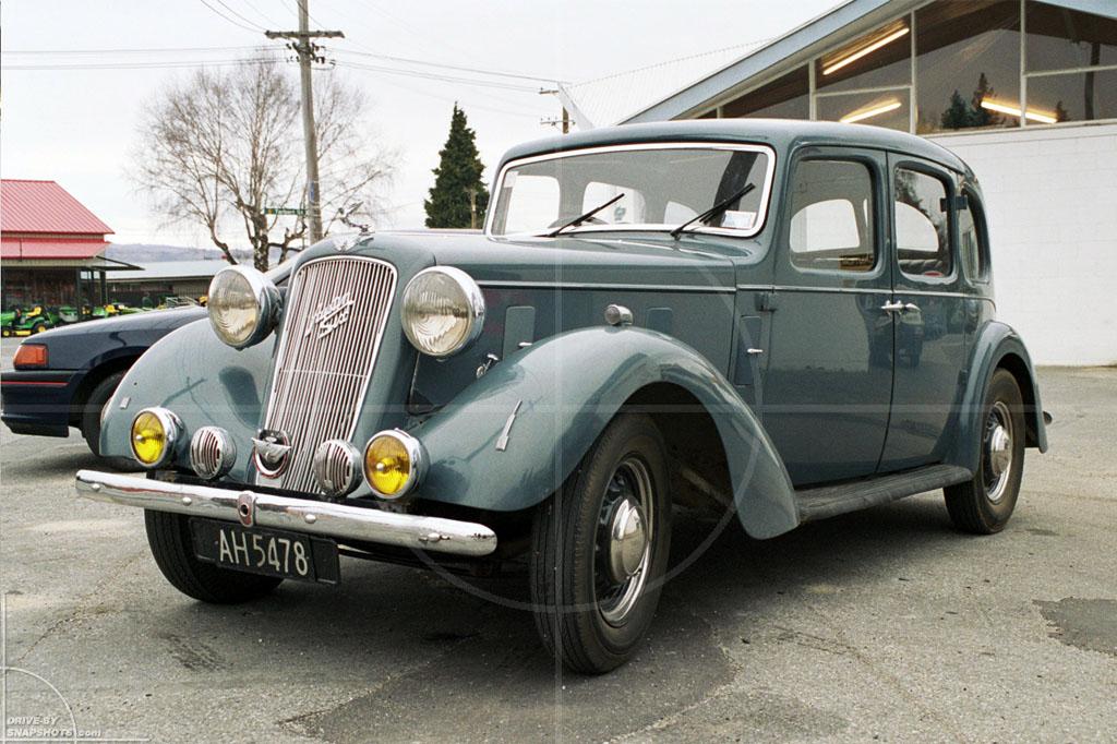 Austin Six New Zealand   Drive-by Snapshots by Sebastian Motsch (2004)
