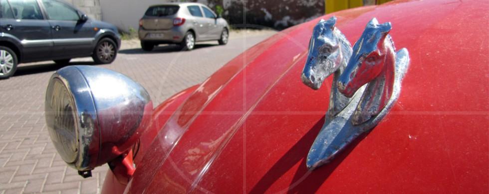 Citroen 2CV Deux Chevaux | Drive-by Snapshots by Sebastian Motsch (2013)