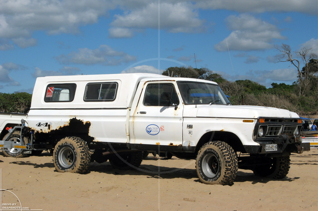 Ford F-250 4x4 Rusty But Trusty | Drive-by Snapshots by Sebastian Motsch (2007)