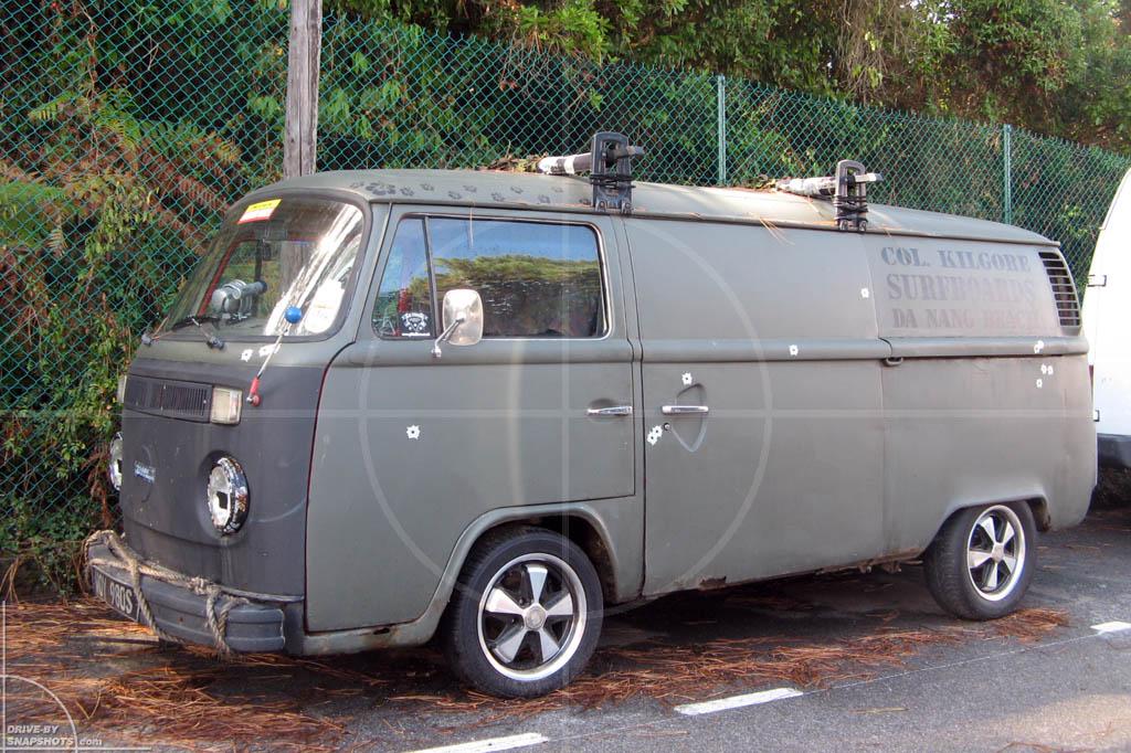 Volkswagen T2b Biarritz | Drive-by Snapshots by Sebastian Motsch (2009)