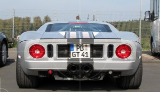 Ford GT40 | Drive-by Snapshots by Sebastian Motsch (2011)