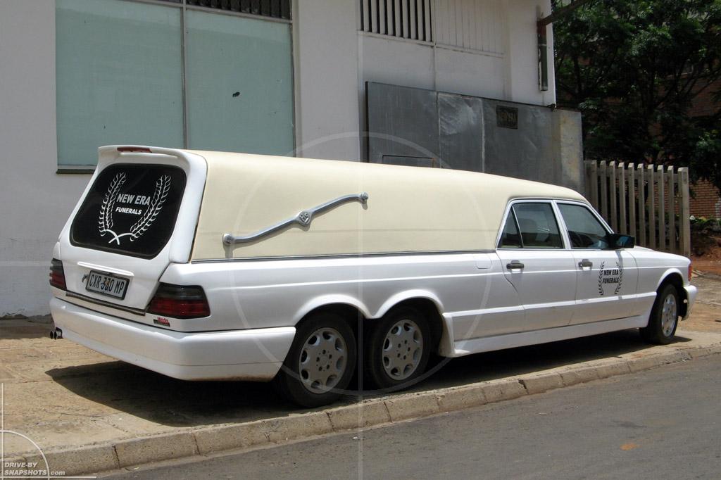 Mercedes-Benz W126 Hearse   Drive-by Snapshots by Sebastian Motsch (2007)
