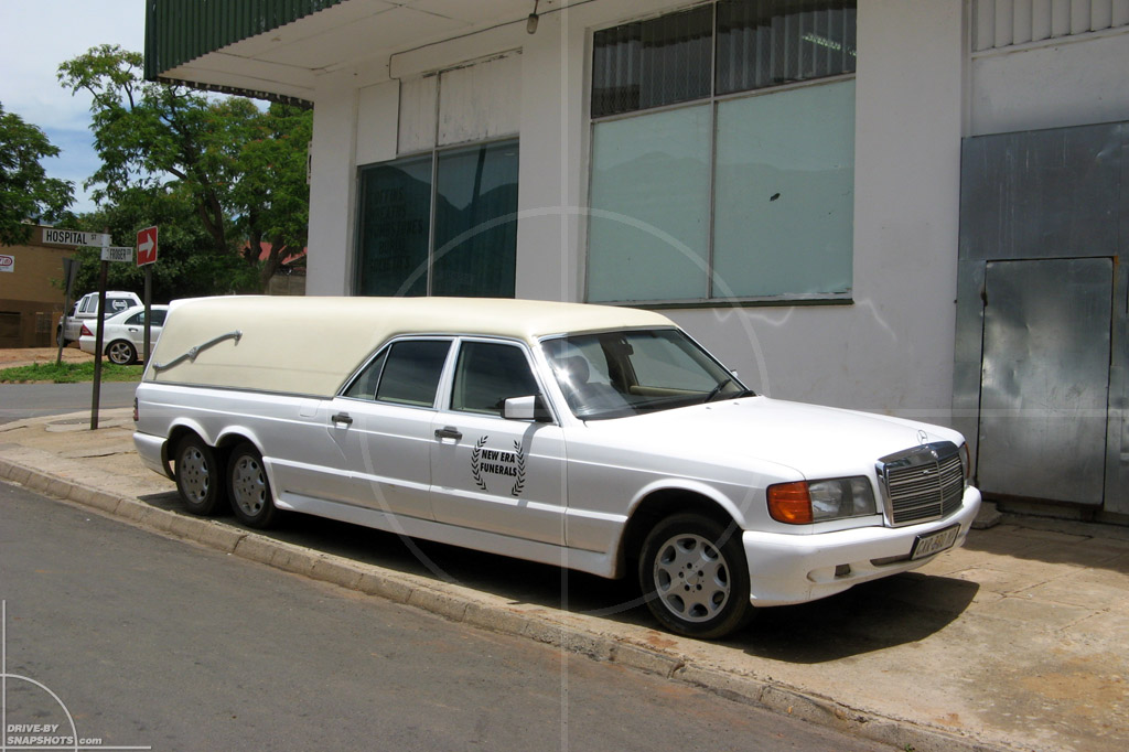 Mercedes benz w126 limousine hearse with six wheels for Used mercedes benz hearse for sale