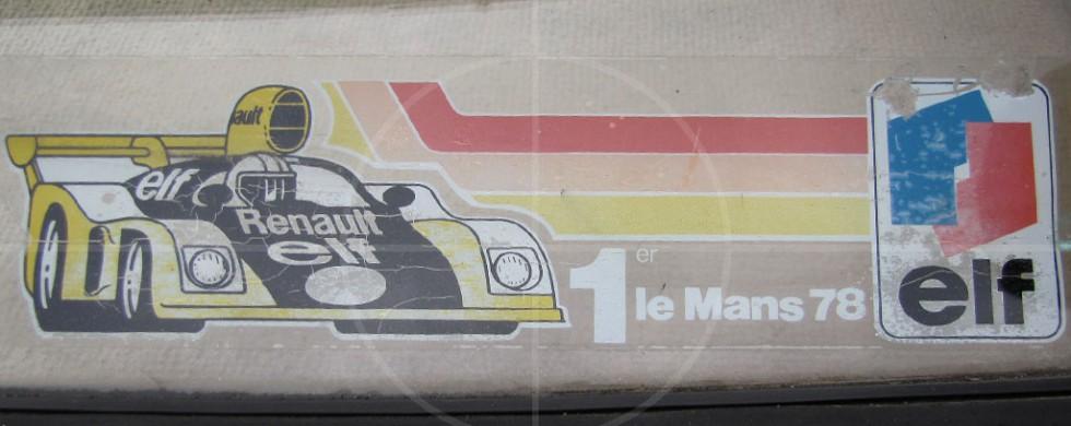 Renault 16 TS   Drive-by Snapshots by Sebastian Motsch (2010)