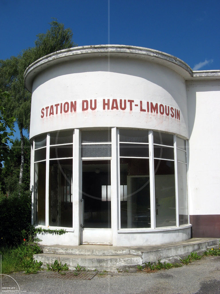 Station Du Haut-Limousin | Drive-by Snapshots by Sebastian Motsch (2009)
