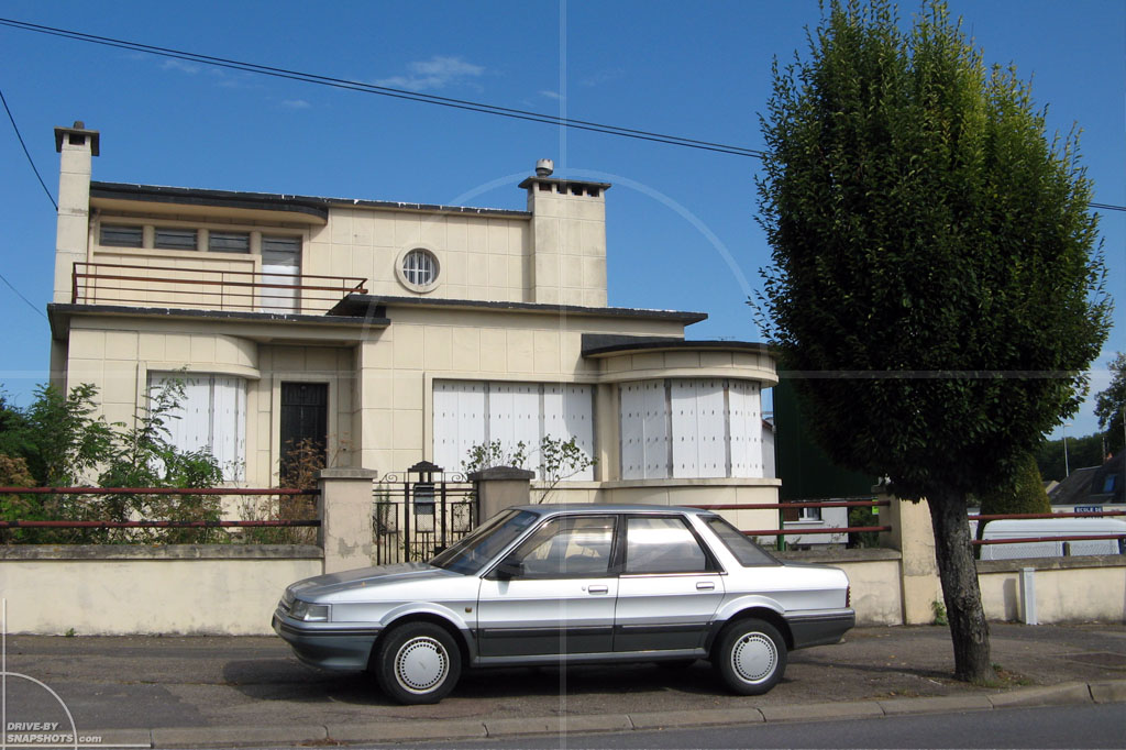 Austin Rover Montego Matching Background| Drive-by Snapshots by Sebastian Motsch (2009)