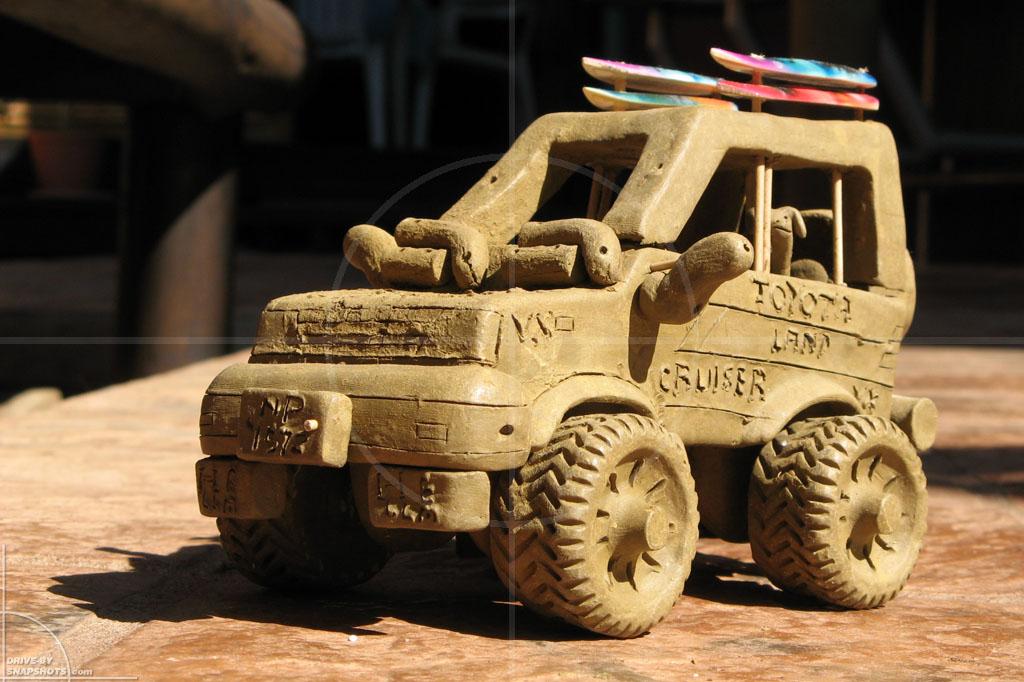 Toyota LandCruiser Clay 4x4   Drive-by Snapshots by Sebastian Motsch (2007)