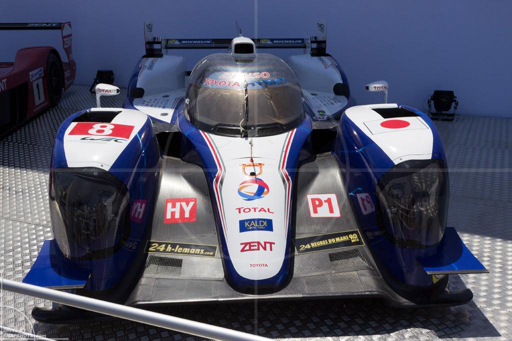 Toyota LMP1 TS030 Le Mans 2014   Drive-by Snapshots by Sebastian Motsch (2014)