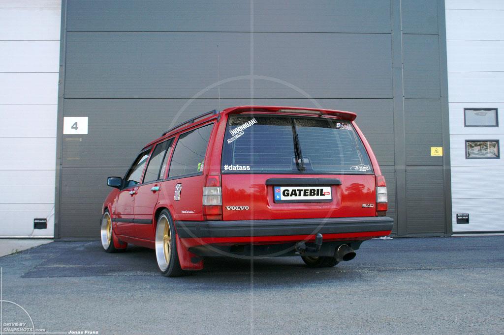 Volvo 940 Estate Chrestian | Drive-by Snapshots by Jonas Franz (2014)