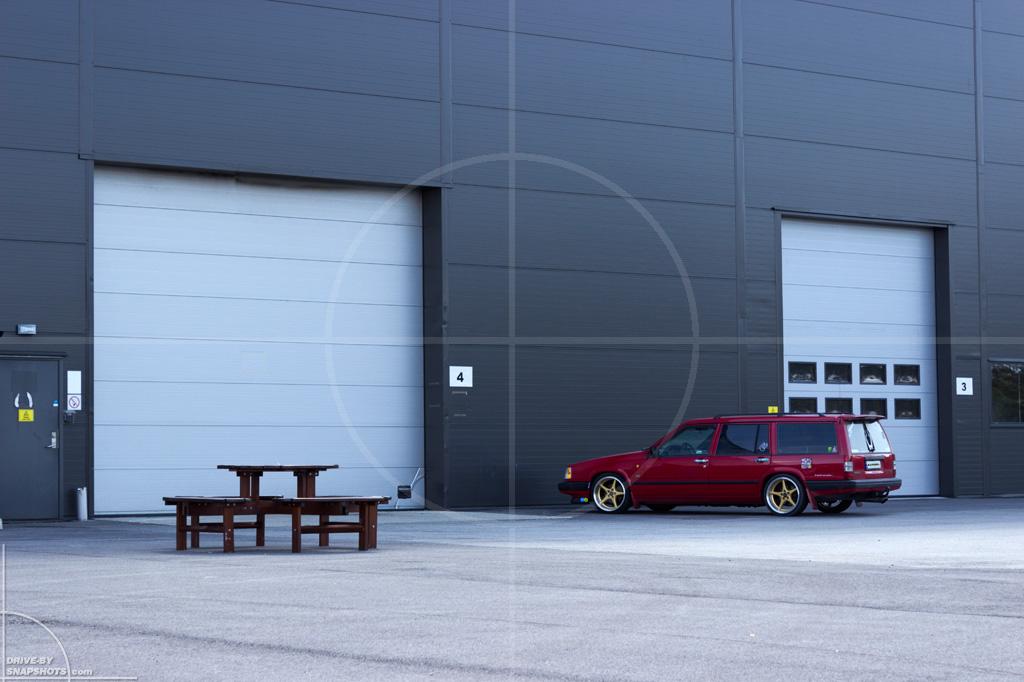 Volvo 940 Estate Chrestian | Drive-by Snapshots by Sebastian Motsch (2014)