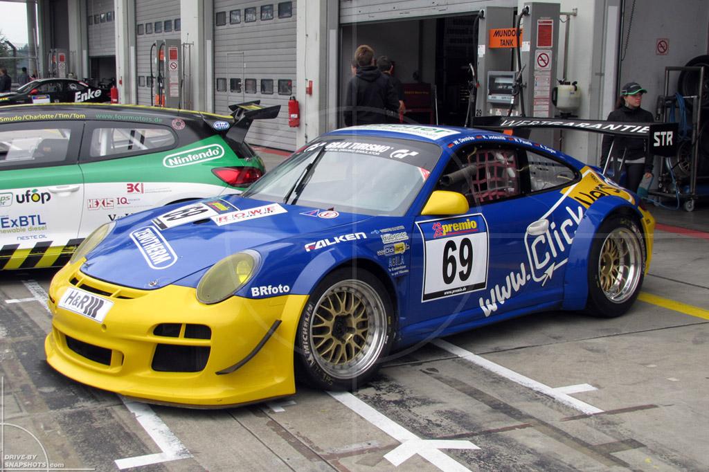 dbs Yellow and Blue Porsche 911 GTR   Drive-by Snapshots by Sebastian Motsch (2014)