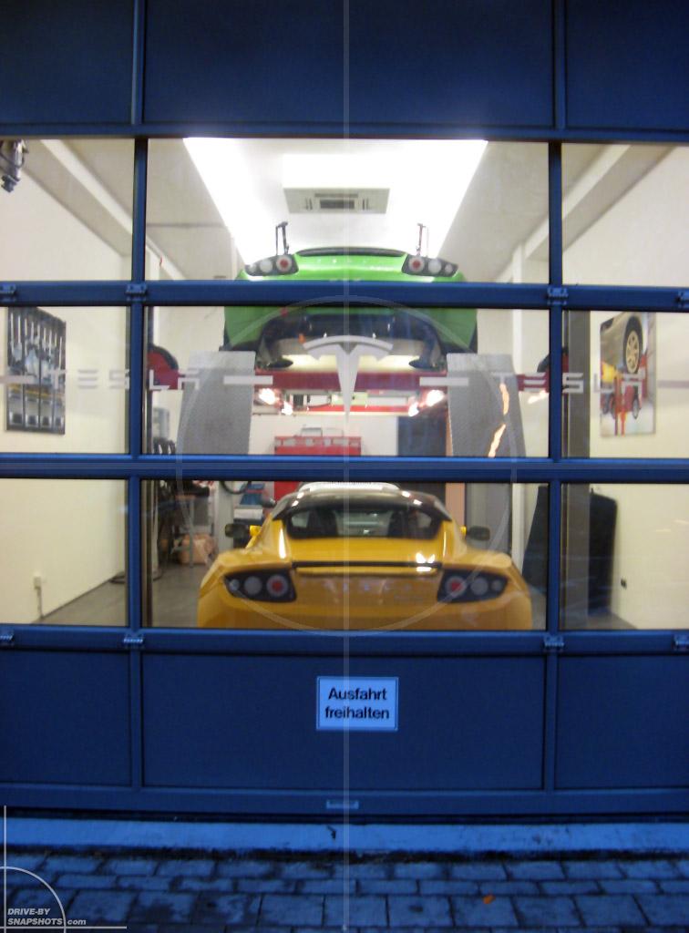 dbs Yellow and Blue Tesla Roadster München   Drive-by Snapshots by Sebastian Motsch (2014)