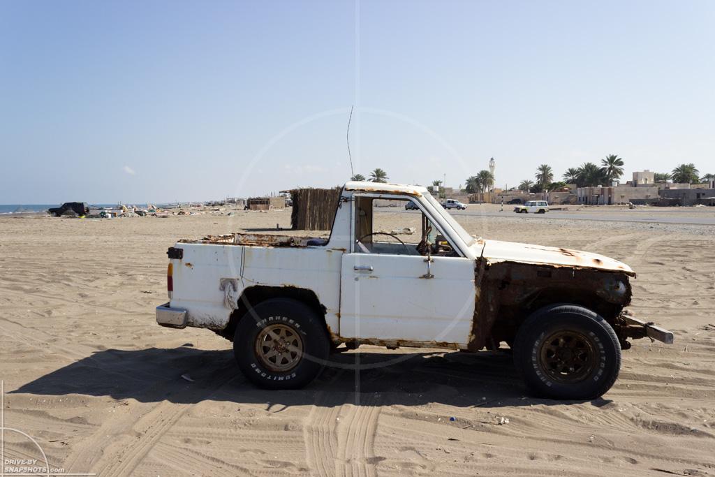 Nissan Patrol Shumaisa Beach | Drive-by Snapshots by Sebastian Motsch (2015)