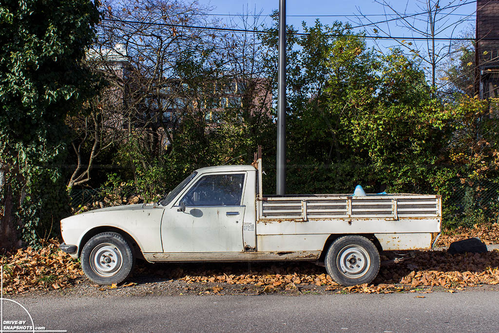 Peugeot 504 Pick-up Strasbourg France | Drive-by Snapshots by Sebastian Motsch (2015)