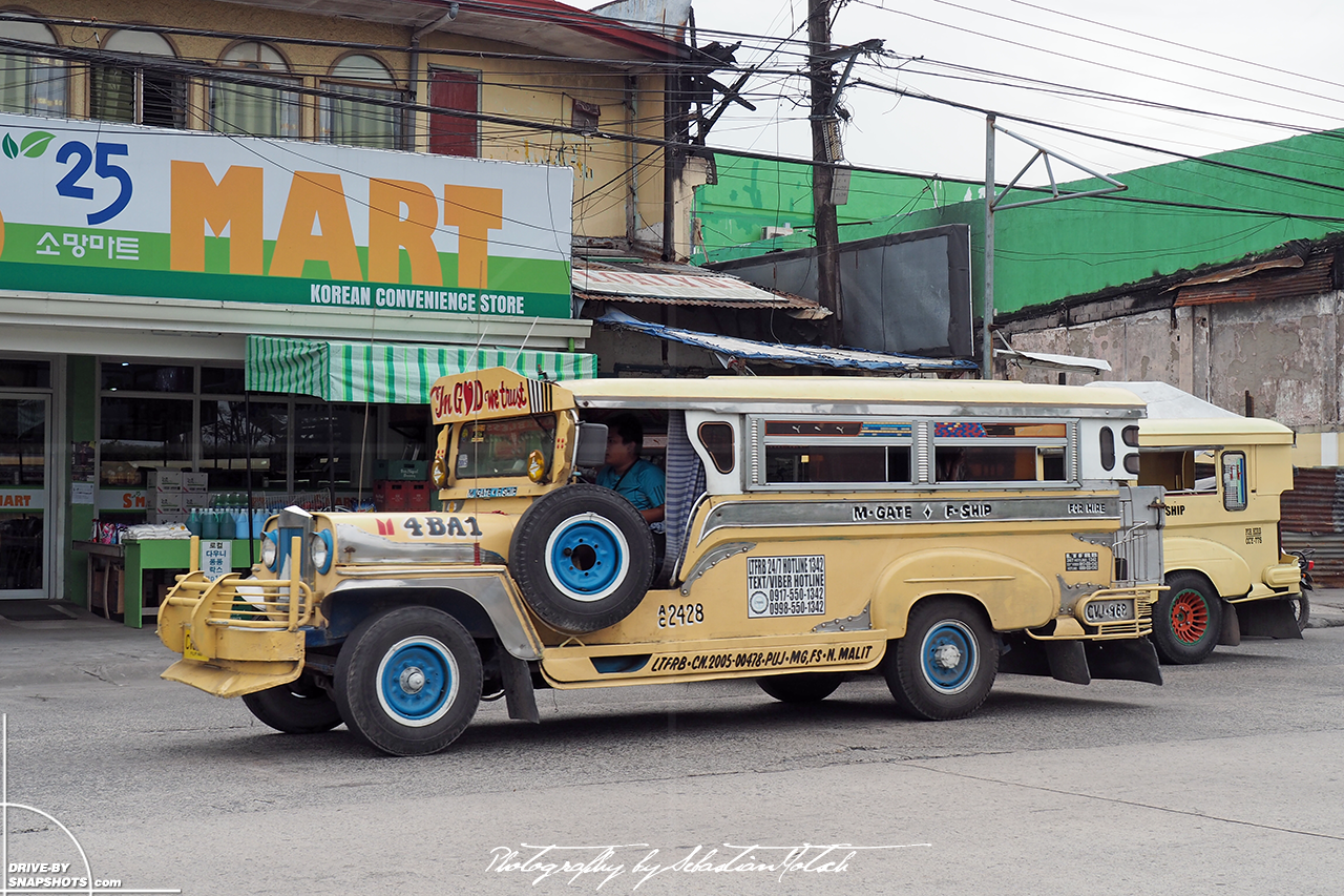 Jeepney in Angeles San Fernando Ilocos Philippines | Drive-by Snapshots by Sebastian Motsch (2017)