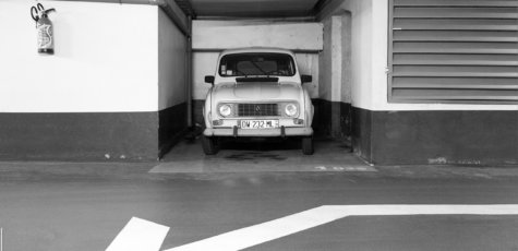 Renault R4 Nancy France | Drive-by Snapshots by Sebastian Motsch (2018)